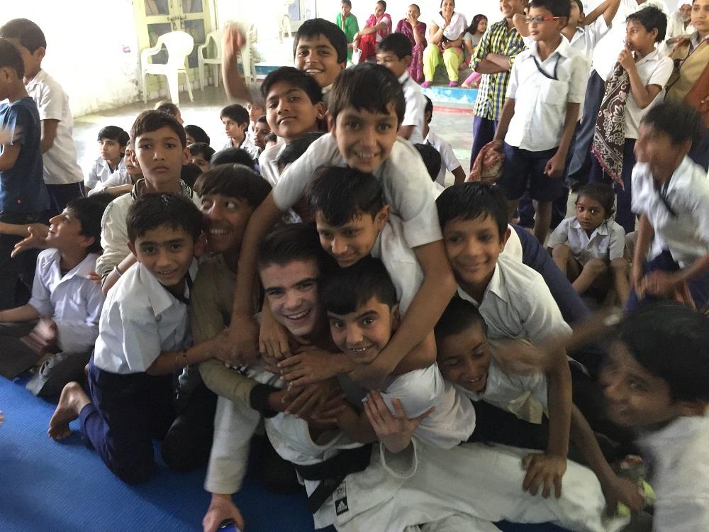 Stage d'Entraide et de Solidarité en Inde.
